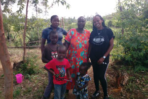 The Water Project: Futsi Fuvili Community, Simeon Shimaka Spring -  Shamaka Family And Georgina