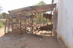 The Water Project: Nyanyaa Secondary School -  Temporary Classroom