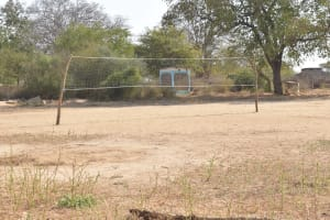 The Water Project: Nyanyaa Secondary School -  Volleyball Net