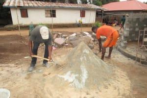 The Water Project: Mahera, SLMB Primary School -  Pad Construction