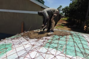 The Water Project: Bululwe Secondary School -  Cementing The Dome