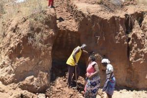 The Water Project: Kathonzweni Community -  Trenching