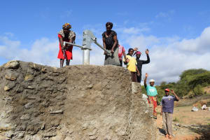 The Water Project: Mwau Community A -  Water