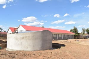 The Water Project: Kalulini Boys' Secondary School -  Tank Cement Cures