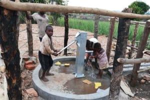 The Water Project: Kimigi Kyamatama Community -  Kids Collect Water