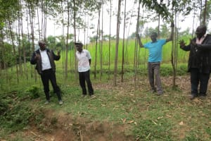 The Water Project: Sambaka Community, Sambaka Spring -  Meeting Community Members