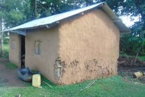 The Water Project: Mukangu Community, Metah Spring -  Household