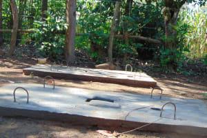The Water Project: Shamiloli Community, Kwasasala Spring -  Completed Sanitation Platforms