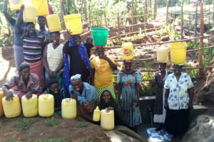 The Water Project: Buhayi Community, Nasichundukha Spring -  All Squeezing In