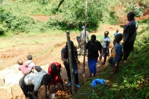 The Water Project: Mutao Community, Kenya Spring -  Site Management Training On Fencing