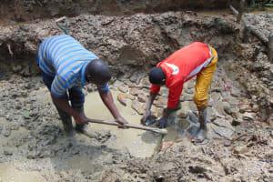 The Water Project: Shamiloli Community, Kwasasala Spring -  Foundation Setting