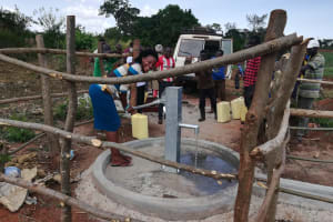 The Water Project: Kikube Nyabubale Community -  Smiles At The Well