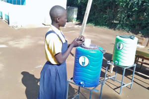 The Water Project: Friends Primary School Givogi -  Handwashing Practice