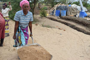 The Water Project: Kaukuswi Community A -  Carrying Sand