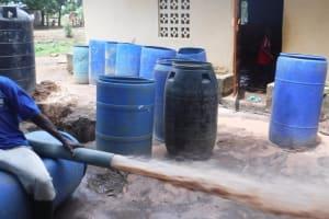 The Water Project: Tholmossor, Masjid Mustaqeem, 18 Kamtuck Street -  Bailing