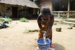 The Water Project: Lungi, Lungi Town, Holy Cross Primary School -  Washing Clothes