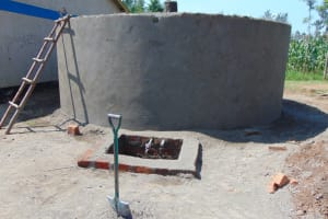 The Water Project: St. Margret Wadin'go Primary School -  Rain Tank Construction