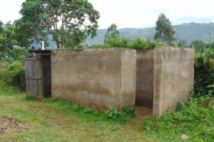 The Water Project: Friends School Ikoli Secondary -  Boys Toilets And Urinal