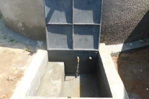 The Water Project: Enyapora Primary School -  Clean Rainwater Flows