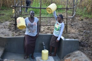 The Water Project: Sichinji Community, Kubai Spring -  Clean Water All The Way
