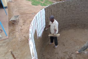 The Water Project: Goibei Primary School -  Cementing Interior Of Tank