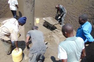 The Water Project: St. Margret Wadin'go Primary School -  Many Hands Helping Out