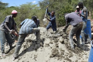 The Water Project: Kala Community B -  Cement Mixing