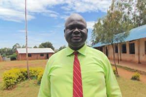 The Water Project: Jinjini Friends Primary School -  Head Teacher Mr Fred Ihaji