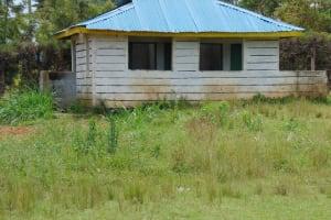 The Water Project: Kinu Friends Secondary School -  Boys Latrines