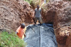 The Water Project: Ebutindi Community, Tondolo Spring -  Foundation Setting