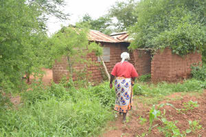 The Water Project: Mbitini Community A -  Compound