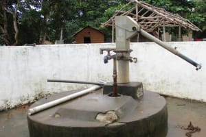 The Water Project: Lungi, Mamankie, DEC Mamankie Primary School -  Well In Need Of Rehab