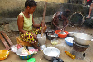 The Water Project: Lungi, Mahera, Mahera Health Clinic -  Woman Cooking