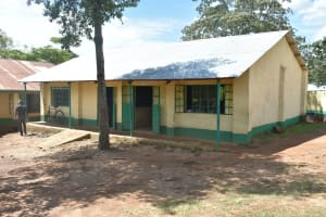 The Water Project: Makunga Secondary School -  Classrooms