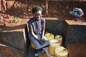 The Water Project: Emulembo Community, Gideon Spring -  Easy Filling Up