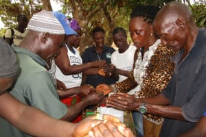 The Water Project: Lokomasama, Menika, DEC Menika Primary School -  Tippy Tap Construction Exercise