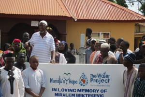 The Water Project: Lungi, Masoila, #3 Kamara Street -  Elder Of The Mosque Making A Statement