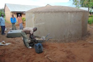The Water Project: Mukama Primary School -  Cementing The Dome