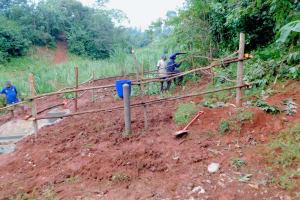 The Water Project: Shikhombero Community, Atondola Spring -  Fencing