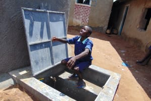 The Water Project: Mukama Primary School -  Splash