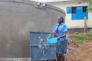 The Water Project: Banja Secondary School -  Splash