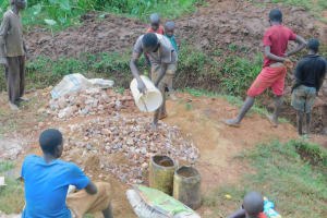The Water Project: Busichula Community, Marko Spring -  Delivering Materials To Site