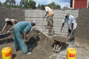 The Water Project: Ebukhuliti Primary School -  Full Team At Work