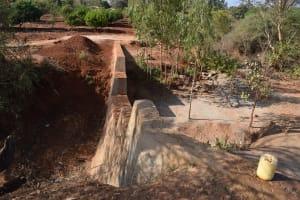 The Water Project: Utuneni Community B -  Complete Dam Waits For Rain
