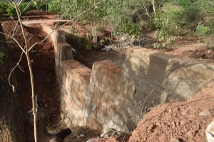 The Water Project: Utuneni Community B -  Curing Dam