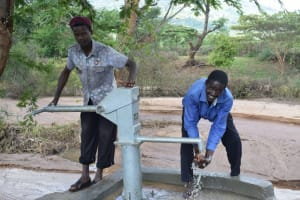 The Water Project: Utuneni Community C -  Pumping The New Well
