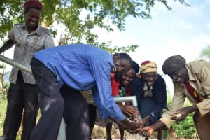 The Water Project: Utuneni Community C -  Water