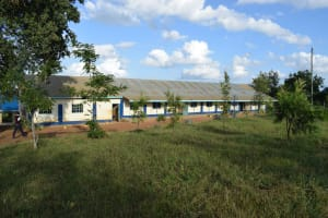 The Water Project: Kimuuni Secondary School -  School Grounds
