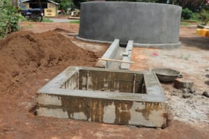 The Water Project: Transmitter, #14 Port Loko Road -  Pad Construction