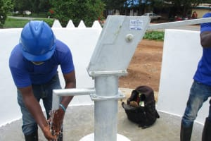 The Water Project: Transmitter, #14 Port Loko Road -  Pump Testing
